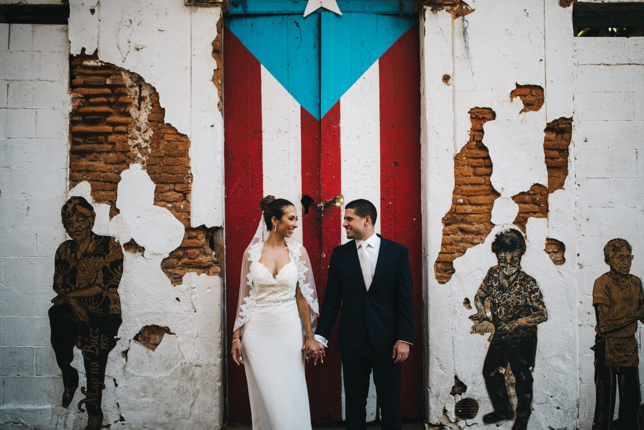 puerto rico door old san juan couple