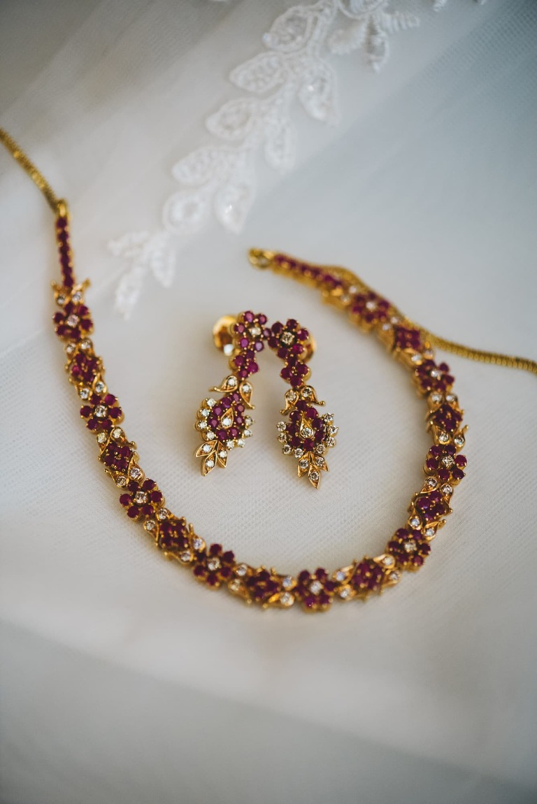 red and gold wedding jewelry